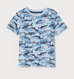 Футболка для мальчика голубая с акулами