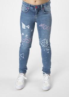 Джинсы для девочки голубые с надписями и потертостями