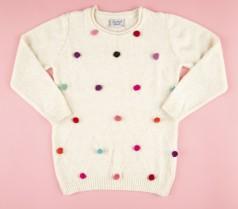 Свитер для девочки молочный с разноцветными пампонами