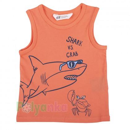 H&M Майка для мальчика коралловая с акулой - Картинка 1
